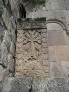 Этот хачкар встречает всех посетителей монастыря Гошаванк в Тавушской области Армении