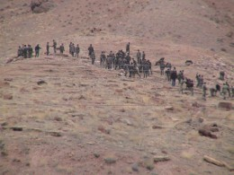 2006 г. Азербайджанские солдаты уничтожают хачкары